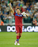 Fussball International  WM Qualifikation 2014   10.09.2013 Italien - Tschechien Schlussjubel;  Torwart Gianluigi Buffon (Italien)