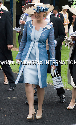 """ROYAL ASCOT 2009_day 2.Sophie, The Countess of Wessex, Ascot_16/06/2009.Mandatory Photo Credit: ©Dias/Newspix International..**ALL FEES PAYABLE TO: """"NEWSPIX INTERNATIONAL""""**..PHOTO CREDIT MANDATORY!!: NEWSPIX INTERNATIONAL(Failure to credit will incur a surcharge of 100% of reproduction fees)..IMMEDIATE CONFIRMATION OF USAGE REQUIRED:.Newspix International, 31 Chinnery Hill, Bishop's Stortford, ENGLAND CM23 3PS.Tel:+441279 324672  ; Fax: +441279656877.Mobile:  0777568 1153.e-mail: info@newspixinternational.co.uk"""