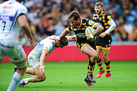 Danny Cipriani of Wasps takes on the Exeter Chiefs defence. Aviva Premiership match, between Wasps and Exeter Chiefs on September 4, 2016 at the Ricoh Arena in Coventry, England. Photo by: Patrick Khachfe / JMP