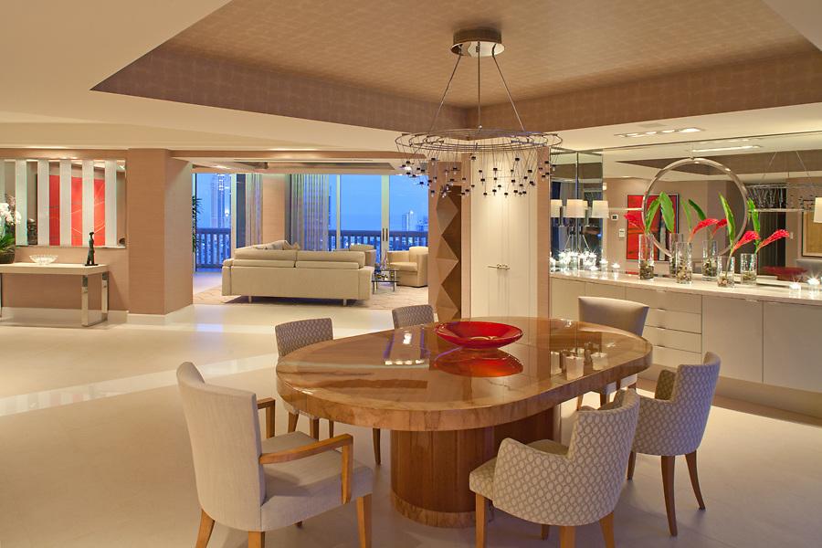 Shah Residence designed by Stuart Geller of the Geller Design Group