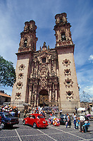 The baroque style Santa Prisca Church in the Spanish colonial town of Taxco, Guerrero, Mexico