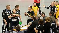 Larvik (Norwegen) - EHF Champions League Hauptrunde - HK Larvik gegen HC Leipzig - 29:19 - Niederlage für HC Leipzig - im Bild: Kurzer Tumult am Kampfrichtertisch - ein Tor sollte nicht gegeben werden in der 30.Minute - die Schiris blieben hart und der HCL hatte das Nachsehen, doch spielentscheidend war dies nicht.  Foto: Norman Rembarz..Jegliche kommerzielle Nutzung ist honorar- und mehrwertsteuerpflichtig! Persönlichkeitsrechte sind zu wahren. Es wird keine Haftung übernommen bei Verletzung von Rechten Dritter. Autoren-Nennung gem. §13 UrhGes. wird verlangt. Weitergabe an Dritte nur nach  vorheriger Absprache..