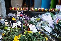 06.10.2011 - Steve Jobs Tribute In London