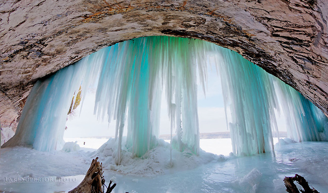 Grand Island Ice caves