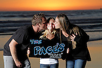24 September 2013:  Jon, Raelene and Brooke (9) Pace sunset photo session in Huntington Beach, CA.  ©ShellyCastellano.com