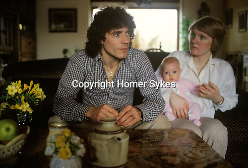 Kevin Keegan football player playing for Munich team in Germany 1970s. Seen here with wife Jean and daughter.