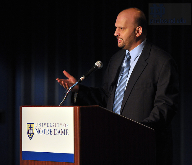 """Ibrahim Negm, senior advisor to the Grand Mufti of Egypt Shaykh Ali Gomaa,  reads the Grand Mufti's remarks at a discussion and lecture to launch the research initiative """"Contending Modernities"""" in New York City...Photo by Matt Cashore/University of Notre Dame"""