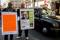 21.04.2015 - Taxi Drivers Block Central London - #EnoughTFL