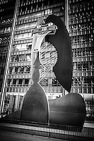 Chicago Picasso sculpture in black and white.