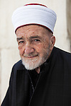 Portrait of Sheikh el-Fadel Amin Aqeily, mufti of Balqa district (Salt, Jordan, 2014).