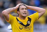 Fussball, 2. Bundesliga, Saison 2011/12, SG Dynamo Dresden - FSV Frankfurt, Sonntag (05.12.11), gluecksgas Stadion, Dresden. Dresdens Pavel Fort nach vergebener Chance.