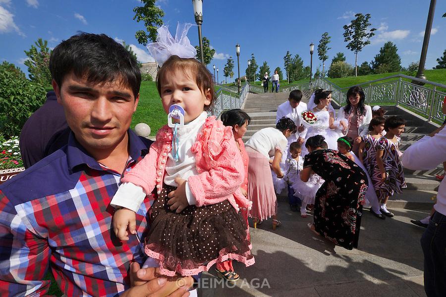 Uzbekistan, Samarqand. Wedding.