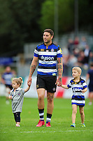 Matt Banahan of Bath Rugby with his kids after the match. Aviva Premiership match, between Bath Rugby and Worcester Warriors on September 17, 2016 at the Recreation Ground in Bath, England. Photo by: Patrick Khachfe / Onside Images