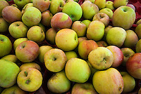 Apples, Farm-fresh produce fresh, Yellow  Red, Farmers Market