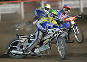 Heat 7 - Dean Barker (yellow), Henning Bager (blue), David Norris - Arena Essex Hammers vs Eastbourne Eagles - Sky Sports Elite League 'B' - 04/10/2006 - MANDATORY CREDIT: Gavin Ellis/TGSPHOTO