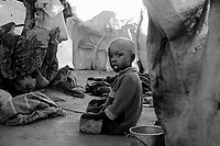 Bahai, Eastern Tchad, June 11, 2004.Approximatively 6000 Sudanese refugees have been living for over 4 months in makeshift shelters in Wadi Howa, marking the border between Tchad and Sudan, without hardly any outside help.