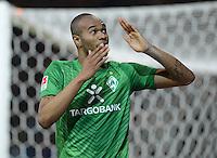 FUSSBALL   1. BUNDESLIGA  SAISON 2011/2012  30. SPIELTAG 10.04.2012 SV Werder Bremen - Borussia Moenchengladbach  JUBEL Werder Bremen; Torschuetze zum 2-2 Ausgleich Naldo