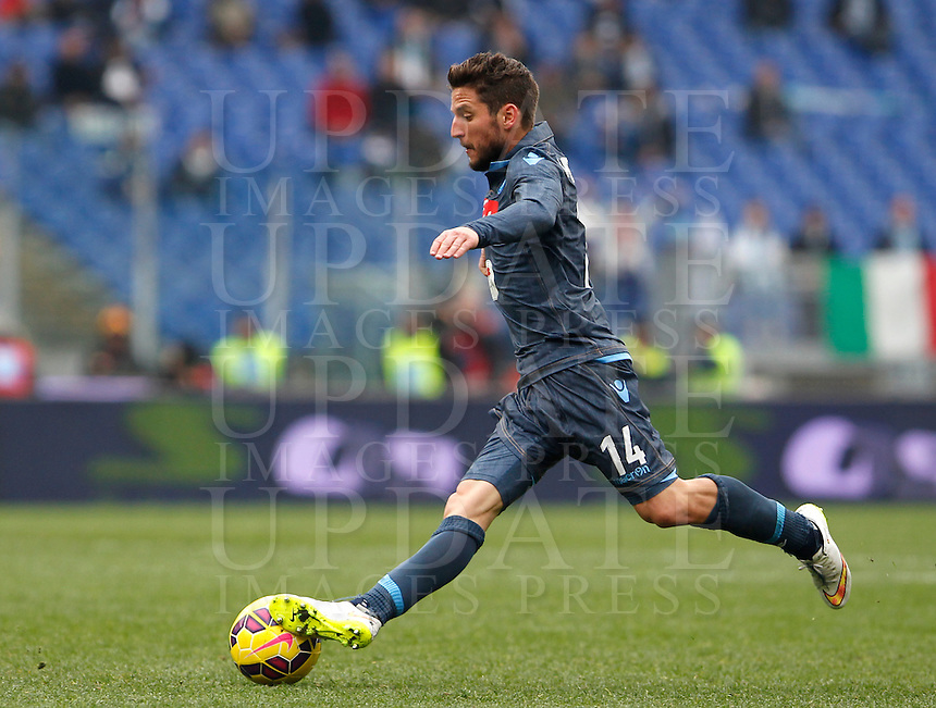 Calcio, Serie A: Lazio vs Napoli. Roma, stadio Olimpico, 18 gennaio 2015.<br /> Napoli&rsquo;s Dries Mertens in action during the Italian Serie A football match between Lazio and Napoli at Rome's Olympic stadium, 18 January 2015.<br /> UPDATE IMAGES PRESS/Riccardo De Luca