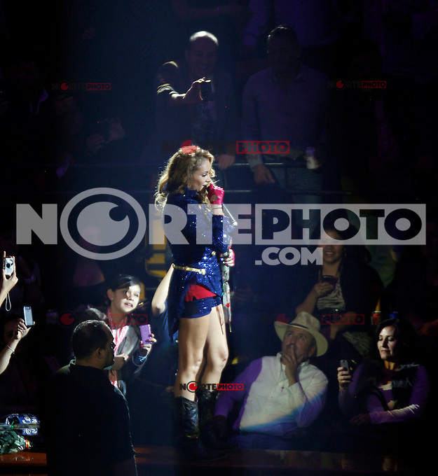 La chica dorada, Paulina Rubio en la feria de *Leon2012*<br /> ***Foto:staff/NortePhoto**