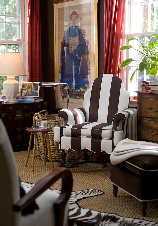 Washington DC and Northern Virginia Architectural and Interior Photographer.  Renovation, interior design team, headshot, portraiture and branding. Editorial Exterior, Interior and Advertising photography for magazines, businesses and architectural firms. We cover/service Reston, Fairfax, Herndon, Alexandria, Dulles, Chantilly headshot photographer, Herndon and Washington DC Metro areas.