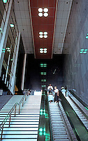 George Howe & Wm. Lescaze: PSFS.  Photo '88.