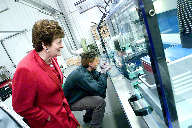 Minister Mary O'Rourke during her visit to IDT in the Newgrange Business Park on Monday..Picture Paul Mohan Newsfile