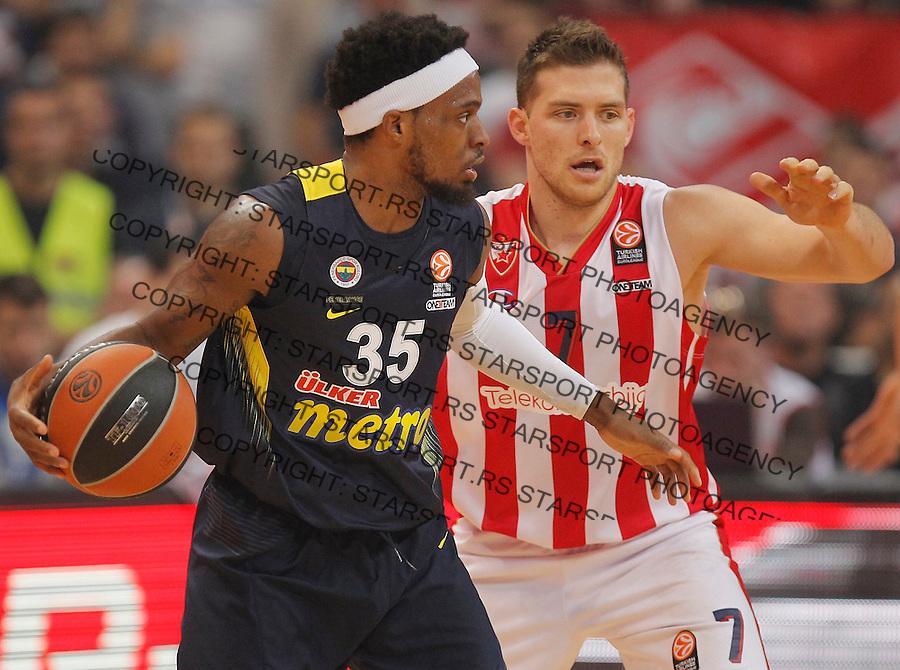 Kosarka Euroleague season 2015-2016<br /> Euroleague <br /> Crvena Zvezda v Fenebahce Istanbul<br /> Bobby Dixon and Gal Mekel (R)<br /> Beograd, 06.11.2015.<br /> foto: Srdjan Stevanovic/Starsportphoto &copy;