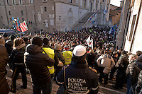 Rome, Italy. 20th January  2016<br /> Assembly of the  municipal police of Roma Capitale, in Campidoglio square, called by trade unions CGIL, CISL, UIL, to inform the new contract, that will be discussed on 25 January with  the administration Capitoline.