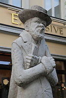 Statue of Heinrich Zille, 1858-1929, painter and photographer, by Thorsten Stegmann, 1969, Nikolai district, Mitte, Berlin, Germany. Picture by Manuel Cohen