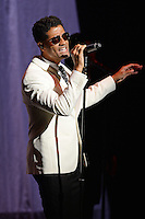 FORT LAUDERDALE, FL - OCTOBER 27: Eric Benet performs at The Broward Center on October 27, 2016 in Fort Lauderdale, Florida. Credit: mpi04/MediaPunch
