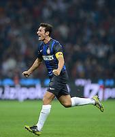 FUSSBALL INTERNATIONAL   SERIE A   SAISON  2012/2013   7. Spieltag AC Mailand  - Inter Mailand                     07.10.2011 SCHLUSSJUBEL Inter; Javier Zanetti