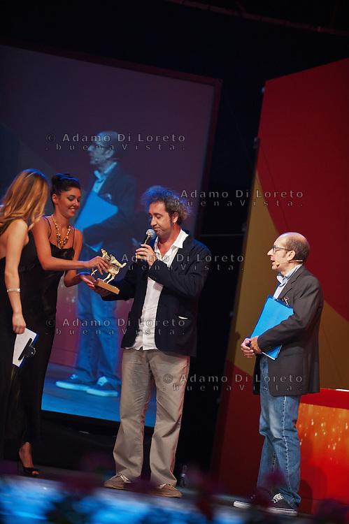 PESCARA (PE) 08/07/2012 - 39° FILM FESTIVAL INTERNAZIONALE FLAIANO. PREMIAZIONE FINALE. IN FOTO IL REGISTA PAOLO SORRENTINO. FOTO DI LORETO ADAMO