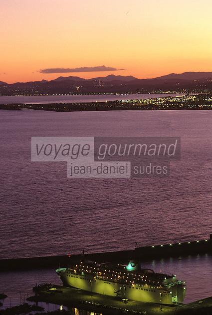 Europe/France/Provence-Alpes-Côte d'Azur/06/Alpes-Maritimes/Nice: Vue générale au soleil couchant