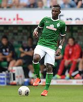 FUSSBALL   1. BUNDESLIGA   SAISON 2013/2014   2. SPIELTAG SV Werder Bremen - FC Augsburg       11.08.2013 Eljero Elia (SV Werder Bremen) am Ball