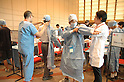 School children participate - in a surgery workshop, organized by Keio University Hospital and Johnson & Johnson KK as part of the Marunouchi Kids Festa 2008 which was held at the Tokyo International Forum on Monday and Tuesday, offering cultural and vocational workshops to children. 12 August, 2008. (Taro Fujimoto/JapanToday/Nippon News)