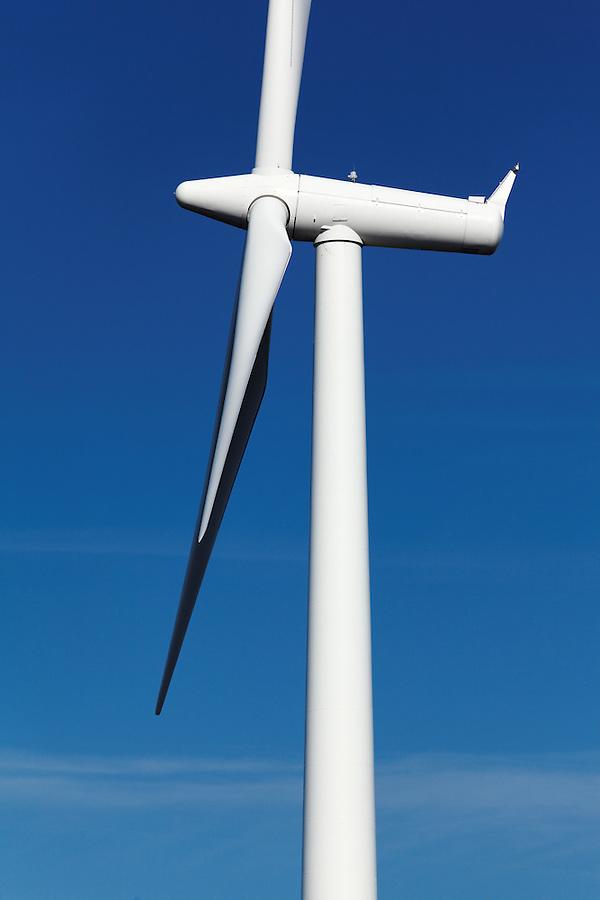 Wind turbine at Windy Flats wind farm, Haystack Butte, Columbia Hills, Goldendale, Klickitat County, Washington, USA