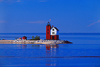 ROUND ISLAND LIGHTHOUSE ON ROUND ISLAND IN THE STRAITS OF MACKINAC NEAR ST. IGNACE MICHIGAN.