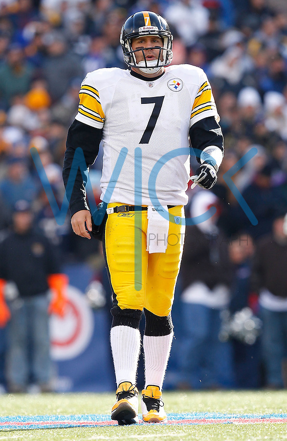 ORCHARD PARK, NY - NOVEMBER 28:  Ben Roethlisberger #7 of the Pittsburgh Steelers grimaces while walking back to the sideline during the game against the Buffalo Bills on November 28, 2010 at Heinz Field in Pittsburgh, Pennsylvania.  (Photo by Jared Wickerham/Getty Images)