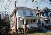 1982 March 09..Conservation.Colonial Place-Riverview..611 Penn Street...NEG#.NRHA#..