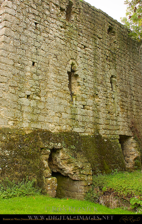 Barbican Wall, Fortified Gate, Norman Stonework, Leeds Castle, Maidstone, Kent, England, UK