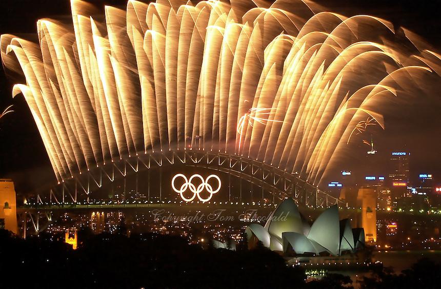 01 OCTOBER 2000 - SYDNEY, AUSTRALIA:<br /> Olympic Closing Ceremony fireworks display over Sydney Harbor and Opera House.