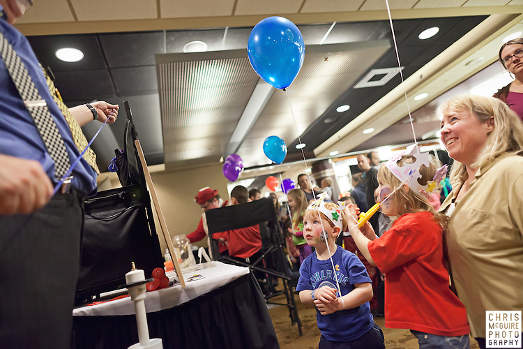 02/12/12 - Kalamazoo, MI: Kalamazoo Baby & Family Expo.  Photo by Chris McGuire.  R#37