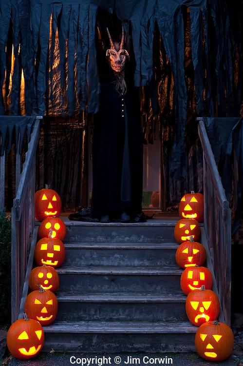 Halloween Haunted Porch