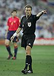 Fussball INTERNATIONAL EURO 2004 Spanien - Russland Schiedsrichter Urs Maier (SUI)