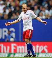FUSSBALL   1. BUNDESLIGA   SAISON 2011/2012    6. SPIELTAG Hamburger SV - Borussia Moenchengladbach            17.09.2011 David JAROLIM (Hamburg) enttaeuscht