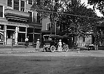Southwestern Ohio:  Brady Stewart traveled to Southwestern Ohio to visit his Uncle and Aunt (Brady). He went with his Aunt to the Post Office in the new 1906 Buick - 1906