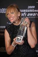 Toni Collette poses with the International Award for Best Actress for United States of Tara during the 2009 Samsung Mobile AFI Awards at the Regent Theatre on December 12, 2009 in Melbourne, Australia.