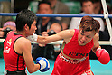 (L to R) Nongmuay Kokietgym (THA), Etsuko Tada (JPN), SEPTEMBER 22, 2011 - Boxing : Etsuko Tada of Japan in action against Nongmuay Kokietgym of Thailand during the WBA Female Minimum weight title bout at Korakuen, Tokyo, Japan. Etsuko Tada won the fight on points after ten rounds. (Photo by Yusuke Nakanishi/AFLO) [1090]