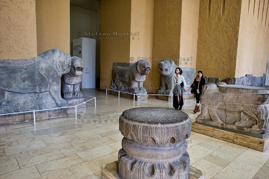 Berlin,  Museum Island<br /> Pergamon Museum, Inner Gate of the  citadel of Zincirli in Turkey, IX - VIII century BC, with sculptures of lions. (Reconstruction)