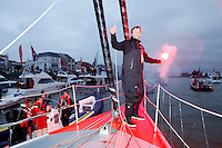 ALEX THOMSON RACING-HUGO BOSS- VEND&Eacute;E GLOBE 12-13 ARRIVAL
